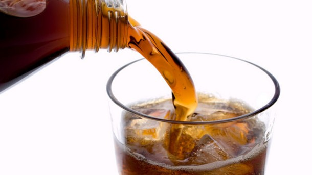 Drink and diet? Study says you can.