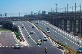 India's first electric highway is likely to come up between Delhi and Jaipur soon.